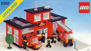Lego 6382 - Stazione Pompieri.jpeg