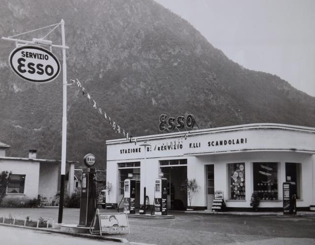 ESSO Tione di Trento 1950.jpg