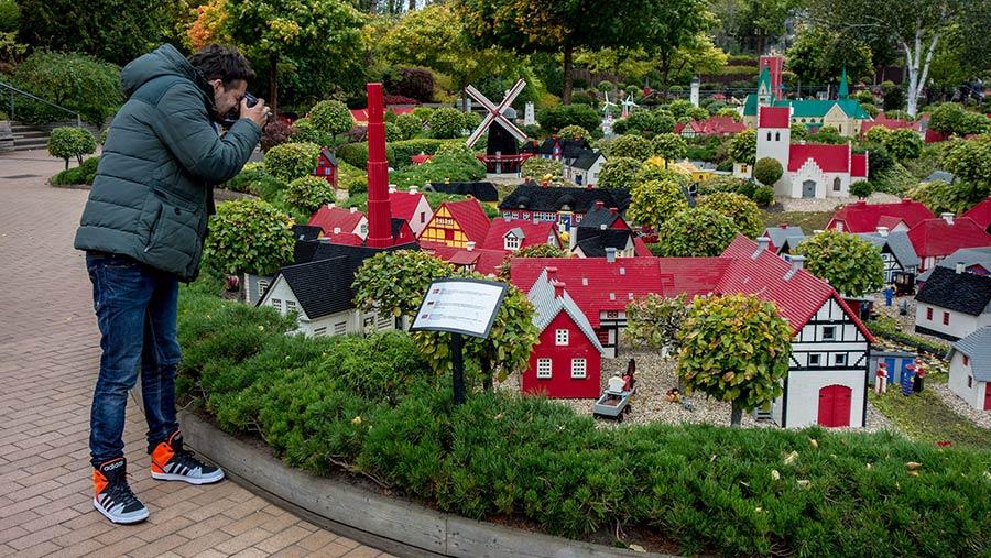 LEGO Billund Legoland chiesa gigante.jpg