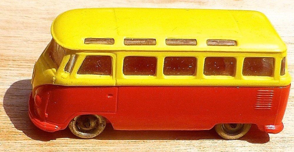 LEGO VW Bully giallo-rosso 04.jpg