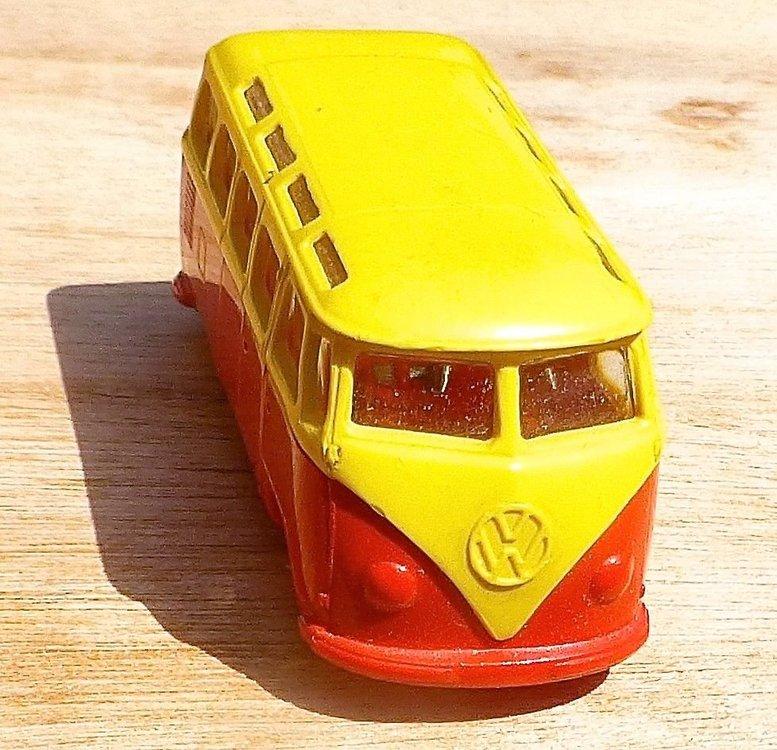 LEGO VW Bully giallo-rosso 02.jpg
