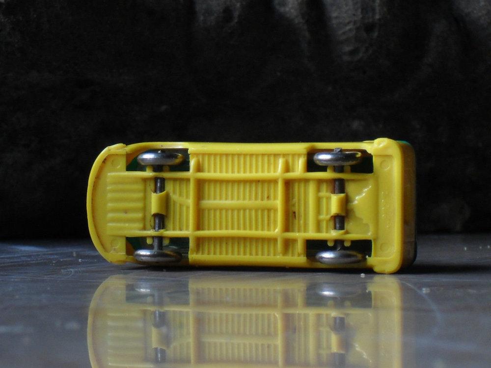 LEGO VW Bully verde-giallo 04.jpg