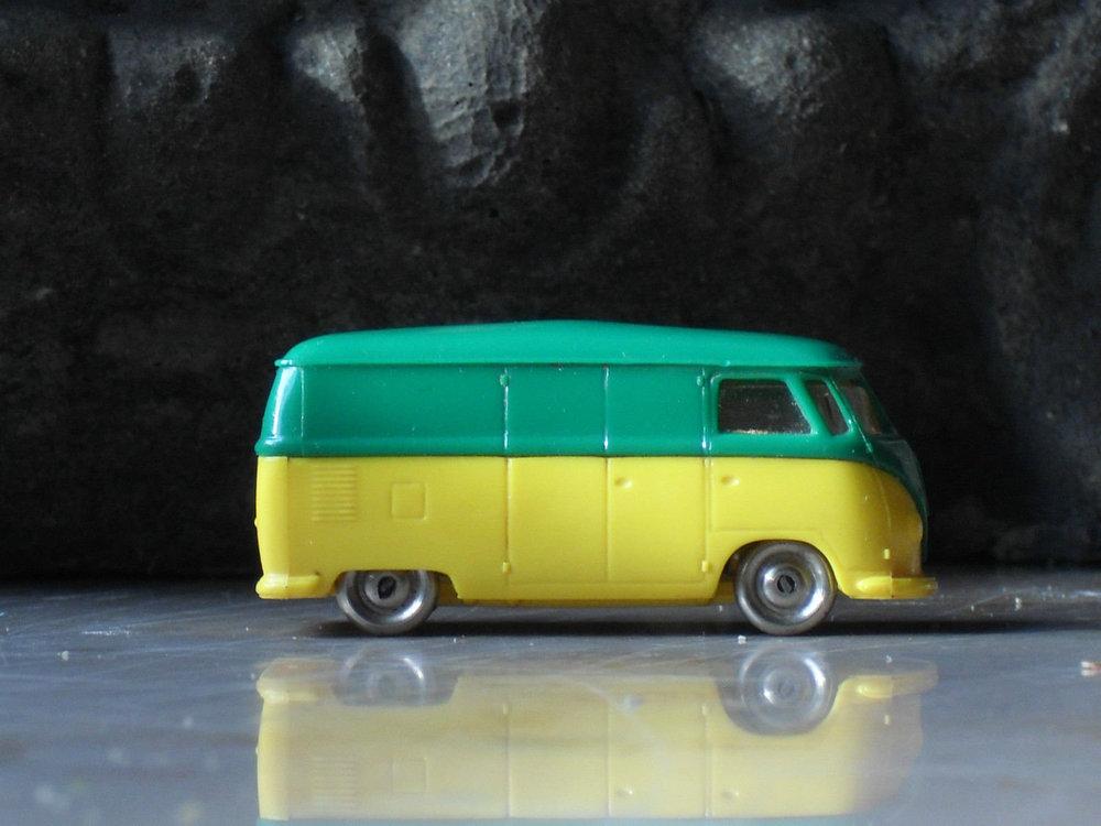 LEGO VW Bully verde-giallo 01.jpg