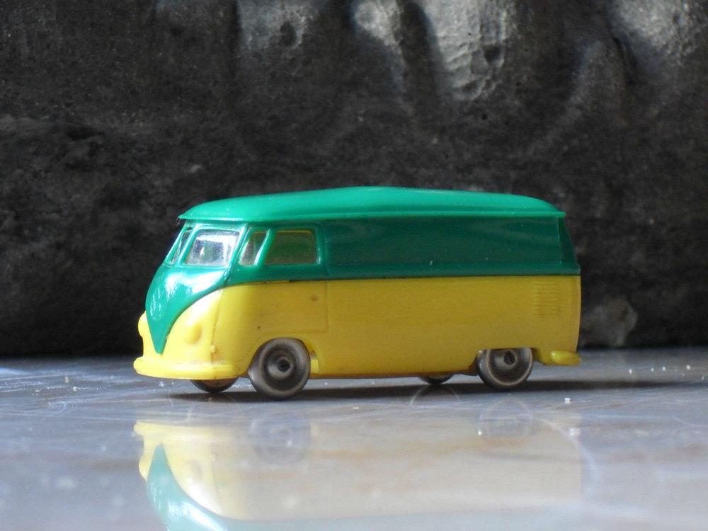 LEGO VW Bully verde-giallo 02.jpg